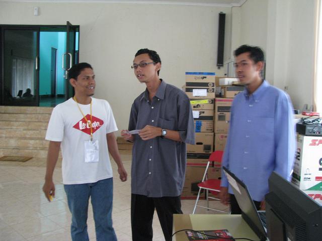 Trio Blogger! Fadli, Beben & Husni