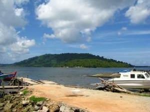 Dermaga boat penyeberangan antar pulau