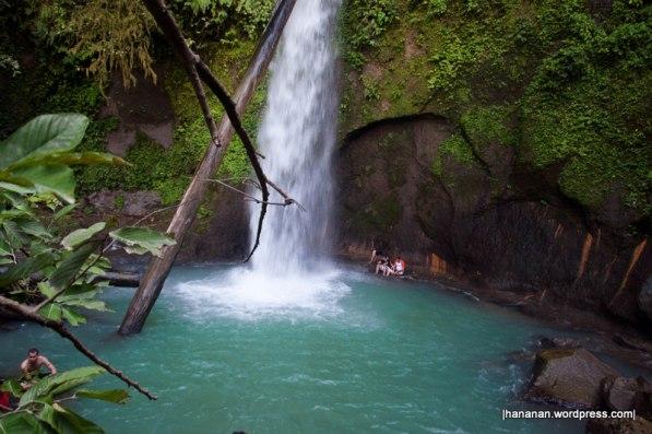 Lau Balis waterfall