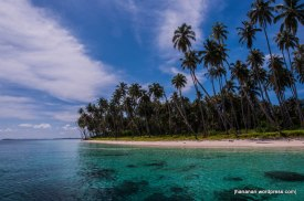 Beautiful beach at Pulau Banyak