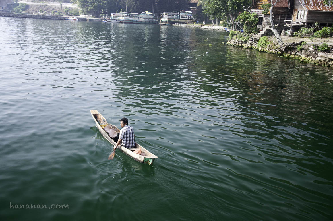 Melihat Danau Toba dari Dekat danJauh