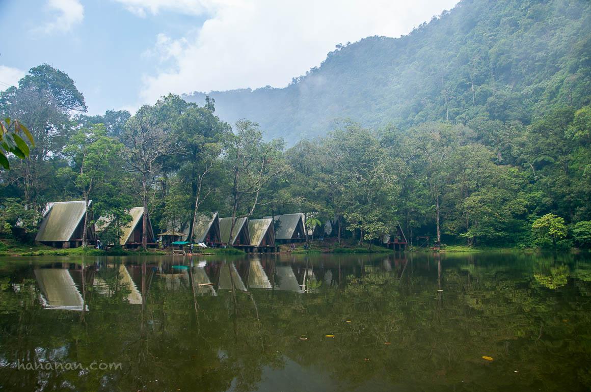 Jungle Trekking di Telaga WarnaPuncak