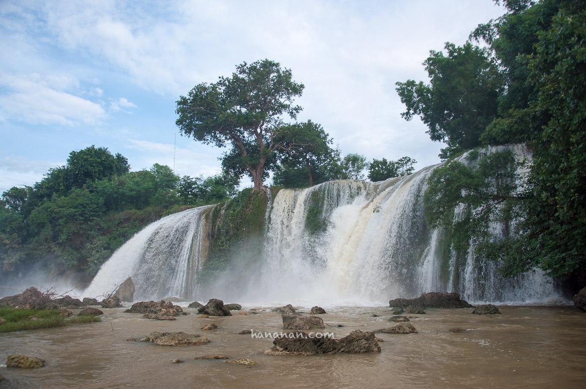 Nyaris Terkepung Sungai Meluap di Air Terjun Toroan –Madura