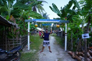 Gerbang menuju Pantai Sepanjang.